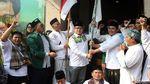 Dukung Cak Imin, Ratusan Santri Jalan Kaki dari Ciamis-Jakarta