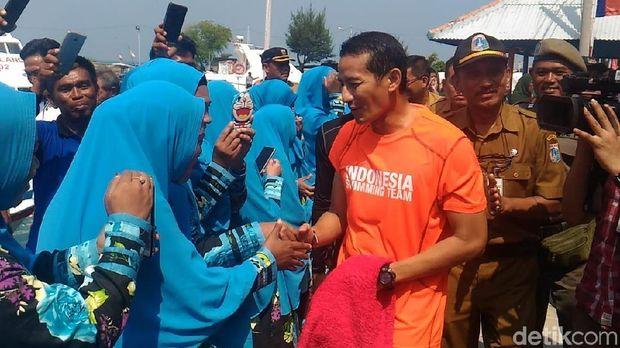 Wakil Gubernur DKI Jakarta Sandiaga Uno mengunjungi Pulau Sebira, Senin (30/7/2018)