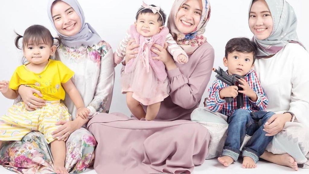 Gaya Hijab Praktis untuk Ibu Muda Ala Ryana Dea