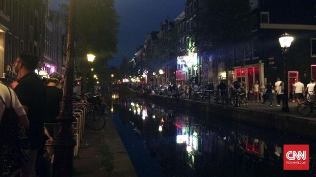 Suasana red light district De Wallen.