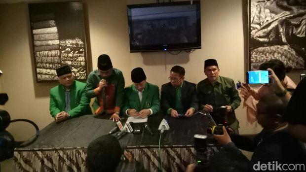 Djan Faridz Mundur dari Ketum PPP Muktamar Jakarta
