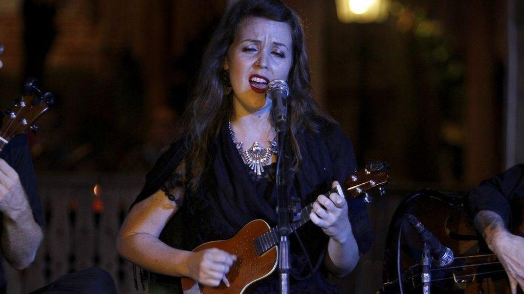 Musisi Perempuan Asal AS Bentuk Grup Keroncong dan Pentas di Solo