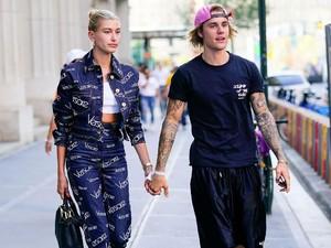 Jarang Manggung, Justin Bieber Kini Jualan Sandal