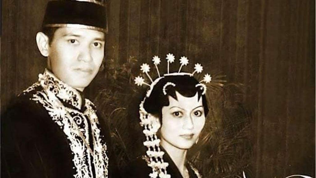 SBY dan Bu Ani Ultah Pernikahan ke-42, Foto Jadulnya Bikin Salah Fokus