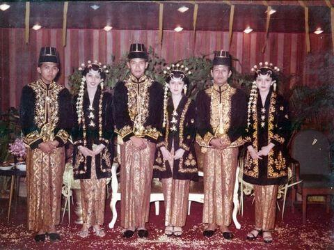 Foto pernikahan SBY dan Bu Ani.
