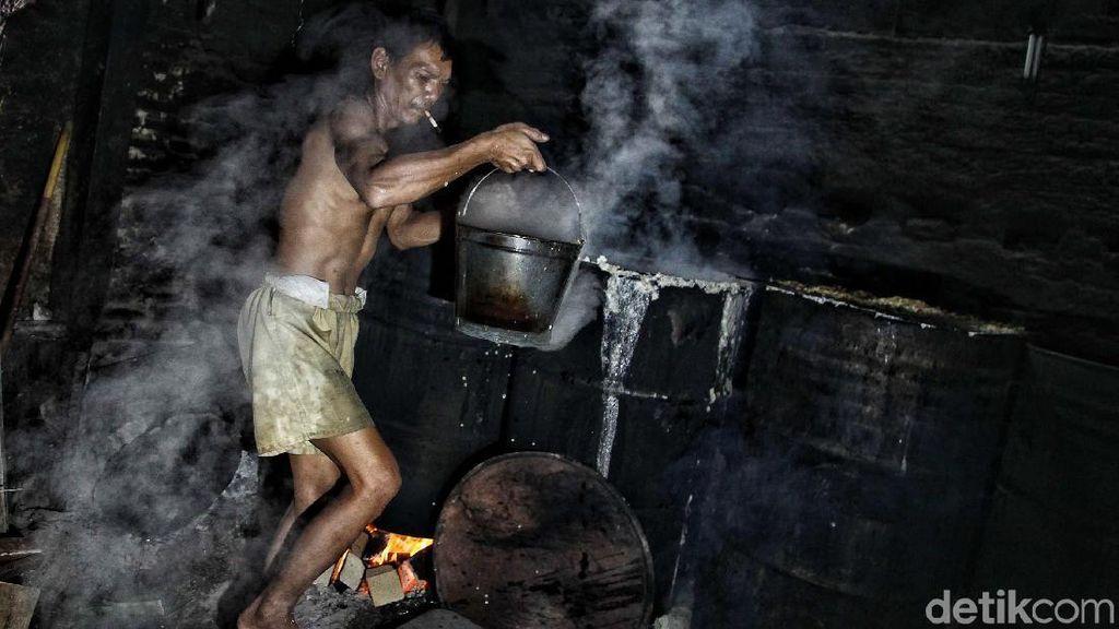 Majunya Industri Keluarga di Desa Sukamaju
