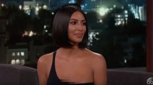 Pakai Underwear Vintage Seperti Kim Kardashian, Higienis Nggak Ya?