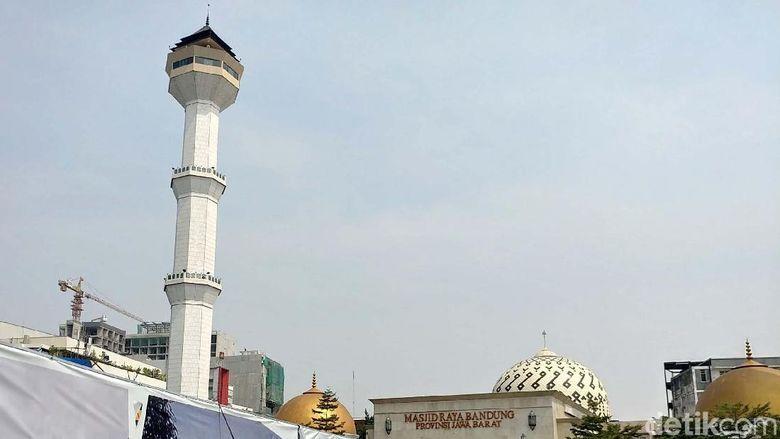 Alun-alun Bandung (Tri Ispranoto)