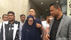 Pihak Lyra Virna Minta Bos ADA Tours Ditahan