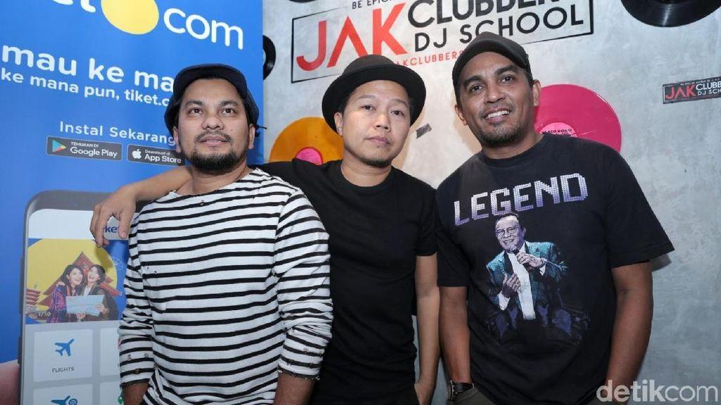Jarang Tampil, Trio Lestari Bakal Bikin Restoran