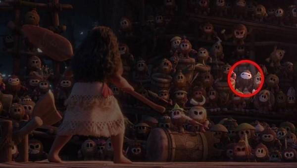 10 Detail Mengejutkan dalam Film yang Kerap Terabaikan