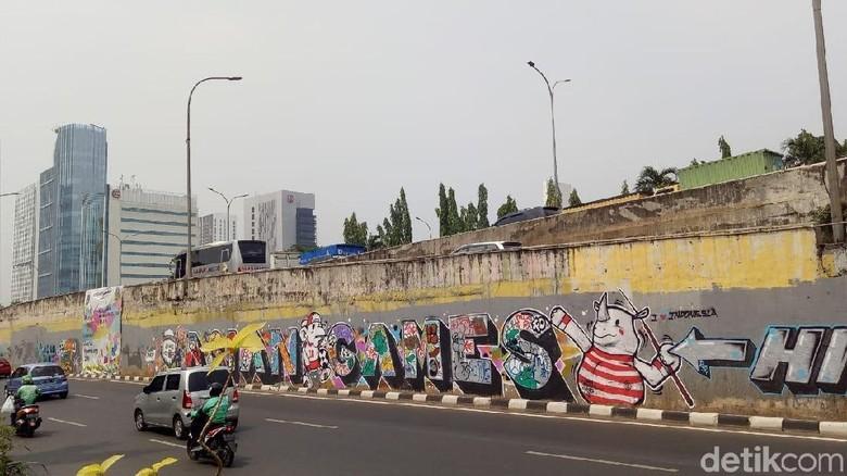 Foto: Mural Asian Games di Depan Citos Tak Lagi Tertutup Spanduk
