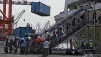Tiket Pesawat Mahal, Arus Mudik Via Laut Meningkat