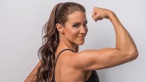 Foto: Seksinya Olahraga Stephanie McMahon, Pegulat WWE yang Makin Cantik