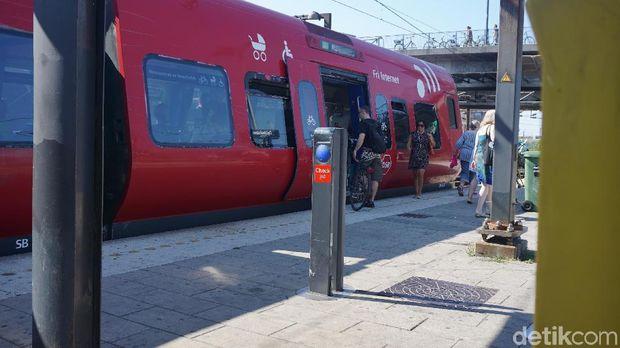 Di beberapa kota seperti Kopenhagen, Denmark, ada gerbong khusus untuk komuter bersepeda.
