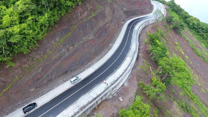 Jalan nasional di NTB/Foto: Istimewa/Kementerian PUPR