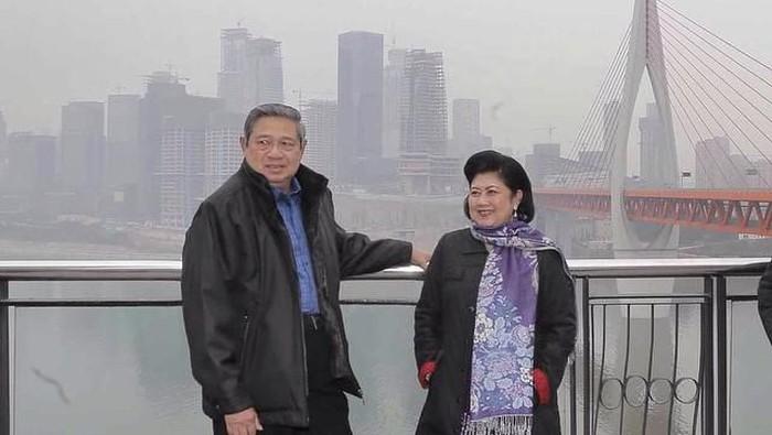 SBY sebut Ani Yudhoyono mengidap kanker darah. Foto: (@aniyudhoyono/Instagram)