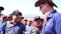 Ke Lombok, Fahri Hamzah Antar Bantuan Rp 100 Juta dari DPR