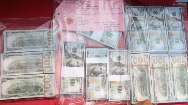 Begini Cara Polisi Menjebak Pengedar Dolar Amerika Palsu
