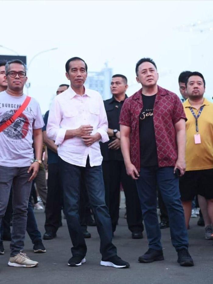 Sepatu yang dipakai Presiden Jokowi adalah produk Nah Project, asal Bandung. Presiden Jokowi memesan lewat ajudannya.Foto: Dok: Instagram @nah.project
