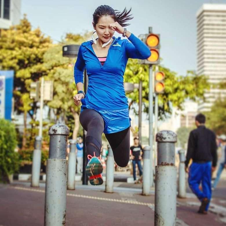 Liana Tasno mulai rutin mengikuti olahraga lari semenjak Januari 2011. (Foto: Instagram/lianatasno)