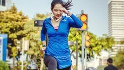 Manajer Brand dan Komunikasi PSSI Liana Tasno memiliki hobi olahraga yang membuat tubuhnya terlihat sangat bugar. Ia tidak takut tampil basah berkeringat.