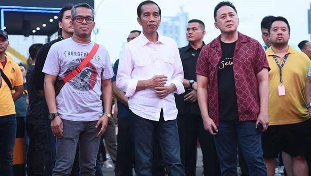 Kenalan dengan Produsen Sneakers Lokal yang Dipakai Jokowi