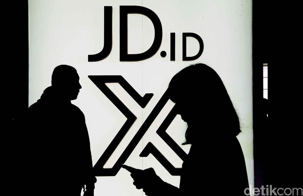 JD.ID kembali memberikan gebrakan baru di Indonesia. Salah satu perusahaan e-commerce ini baru saja meresmikan sebuah pusat perbelanjaan yang diberi nama JD.ID X.