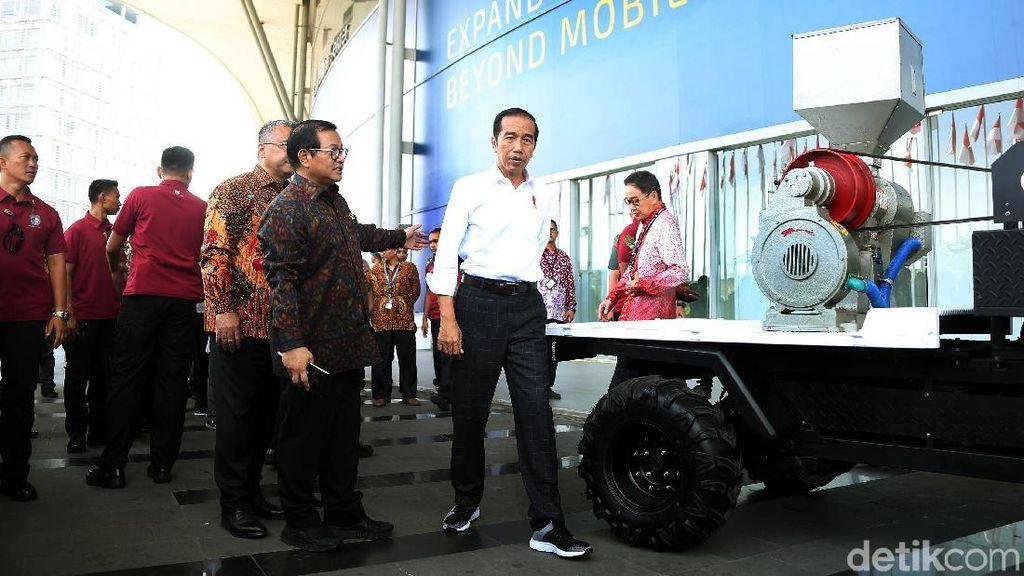 Cara Jokowi Ngegas Ekspor Mobil