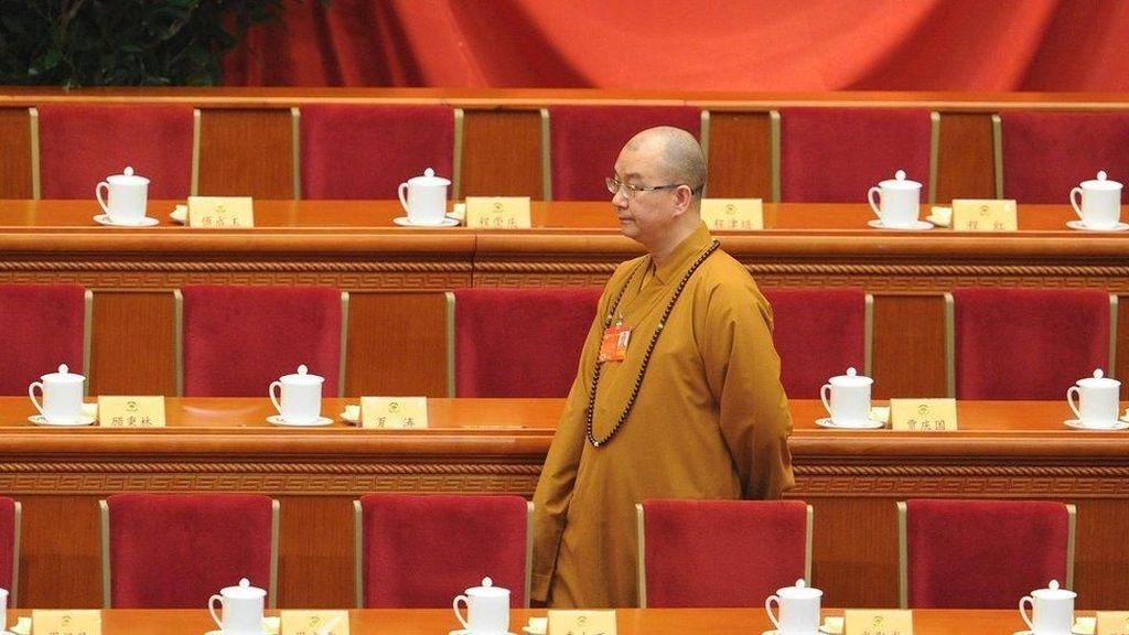 Ketua Asosiasi Buddha China Dituduh Paksa Biksu Berhubungan Seks