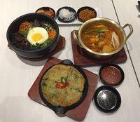 Seoul Yummy: Asyiknya Makan Ramyon K-Drama dan Bibimbap di Sini