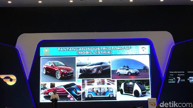 Jokowi saat membuka GIIAS 2018 (Foto: Dina Rayanti)