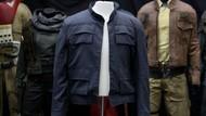 Jaket Star Wars Diperkirakan Bakal Laku Dilelang Rp 19 Triliun