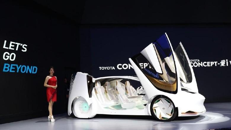 Toyota Concept i Foto: Dina Rayanti