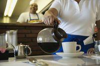 Mantan Pelayan Ini Kembalikan Uang Curiannya ke Restoran Lewat Surat
