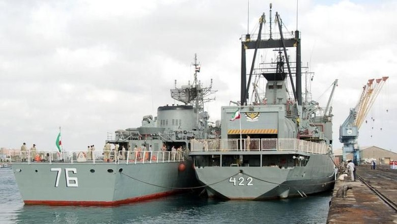 Bersitegang dengan AS, Iran Gelar Latihan Angkatan Laut di Teluk