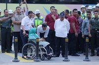 Jokowi berbincang dengan ibunda Anies Baswedan, Aliyah Rasyid