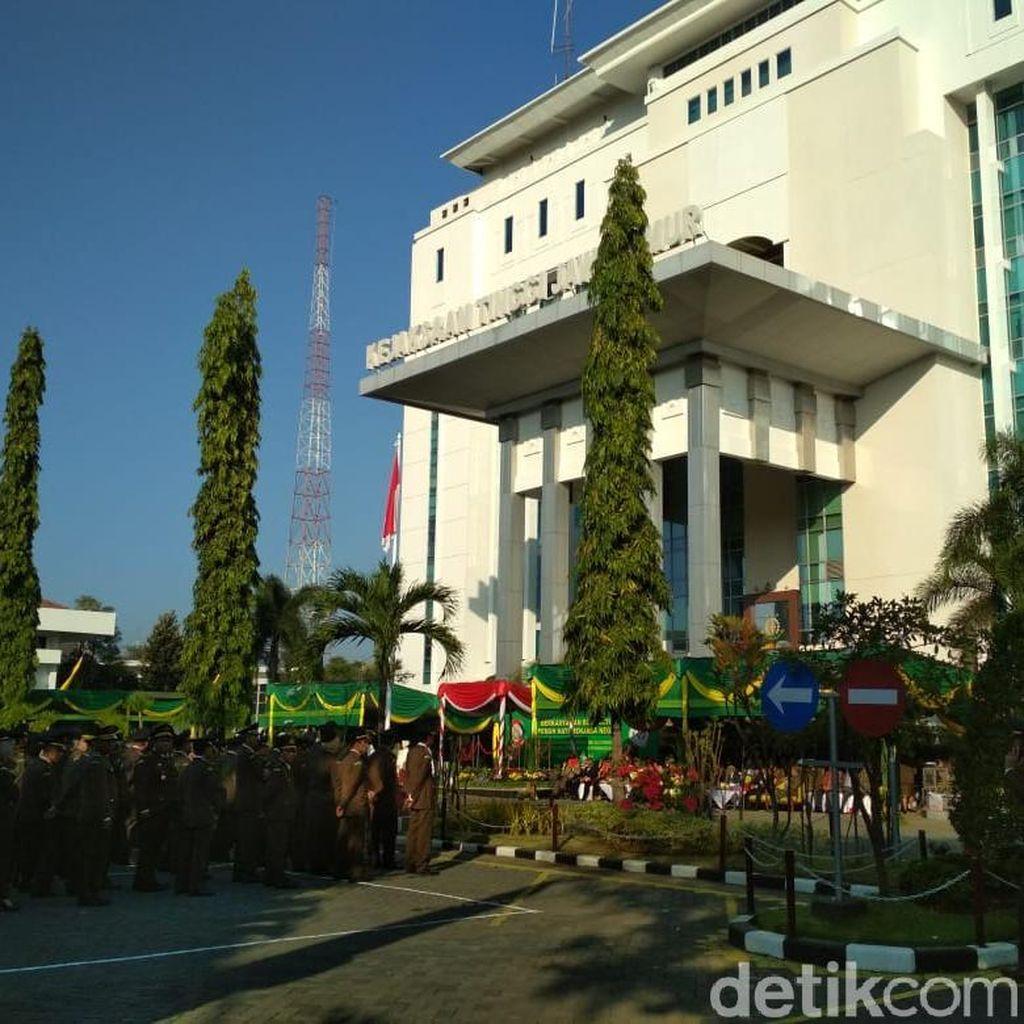 Kejati Jatim Tahan Tersangka Kasus Floating Dock PT DOK Surabaya