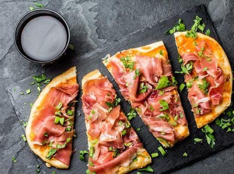 Mamma Mia! Renyah Tipis Pizza Italia Ada di Sini