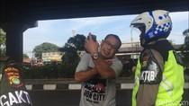 Video: Tonton! Pelanggar Ganjil-Genap Ngamuk ke Polisi