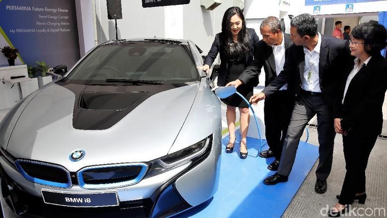 Standar Euro4 akan memudahkan mobil hijau masuk Indonesia. Foto: Rachman Haryanto