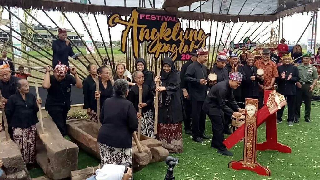 Festival Angklung Paglak, Harmoni di Atas Menara Bambu