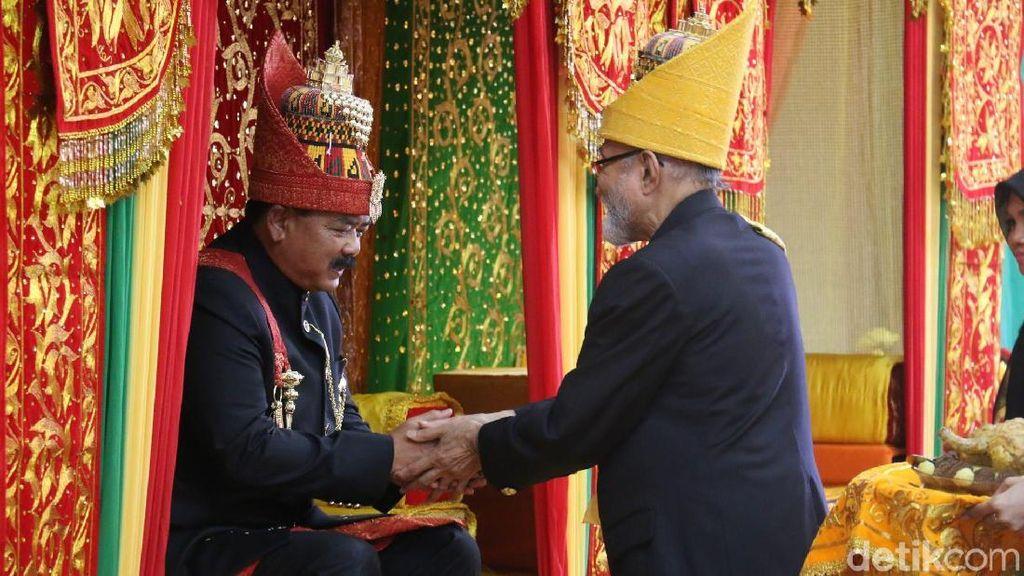 Panglima TNI Dapat Gelar Seri Lilawangsa dari Wali Nanggroe Aceh