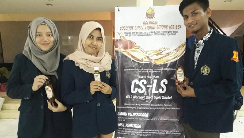Keren, Mahasiswa UB Ciptakan Alternatif Formalin dari Batok Kelapa