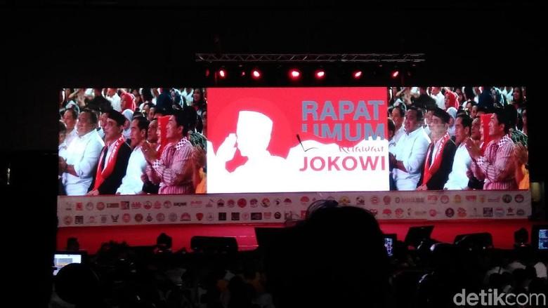 Jokowi ke Relawan: Di Sana Militan, di Sini Harus Lebih Militan