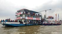 Di Palembang, Kirab Obor Asian Lintasi Sungai Musi dan Destinasi Wisata