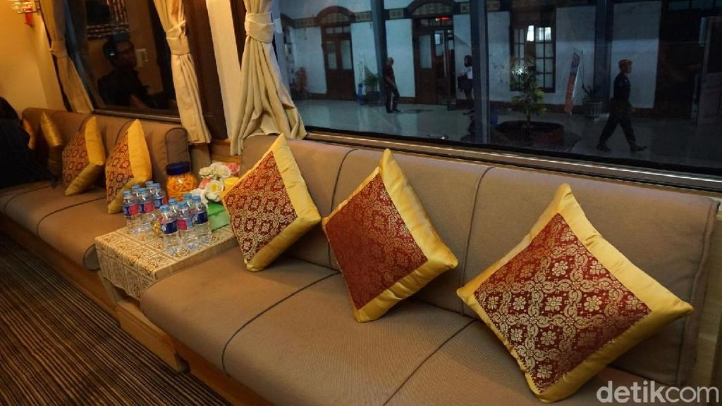 Kereta Mewah Jakarta-Bandung Operasi Lagi 2 Agustus