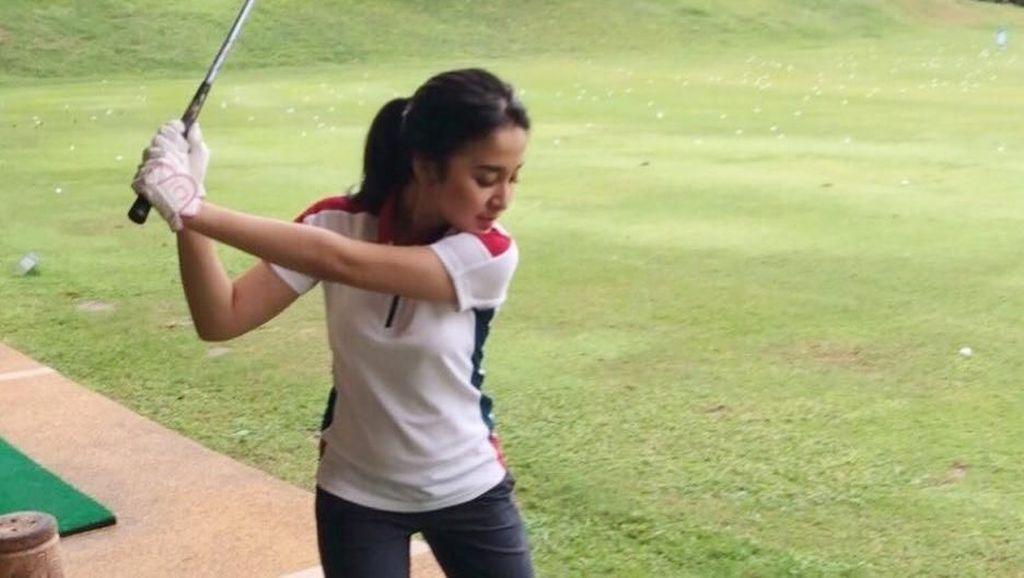 Pose Sporty Bintang Drama Korea-Indonesia Nimaz Dewantary, Body Goals Abis!