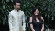 Dita Soedarjo Lelang Kebaya Pertunangan dengan Denny Sumargo