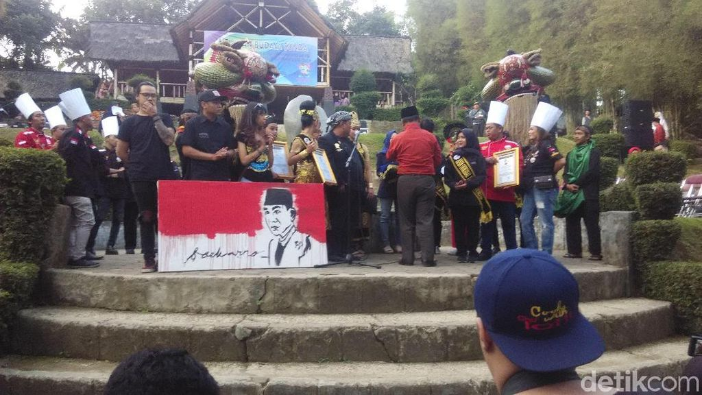 Madrasah di Cimahi Raih Penghargaan Original Rekor Indonesia